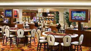 cazare la The New Tropicana Las Vegas A Doubletree By Hilton