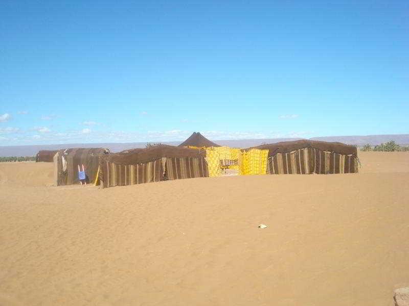 cazare la Bivouac Dunes De Chegaga