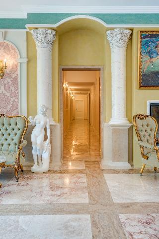 cazare la Venera & Anastasia Palace