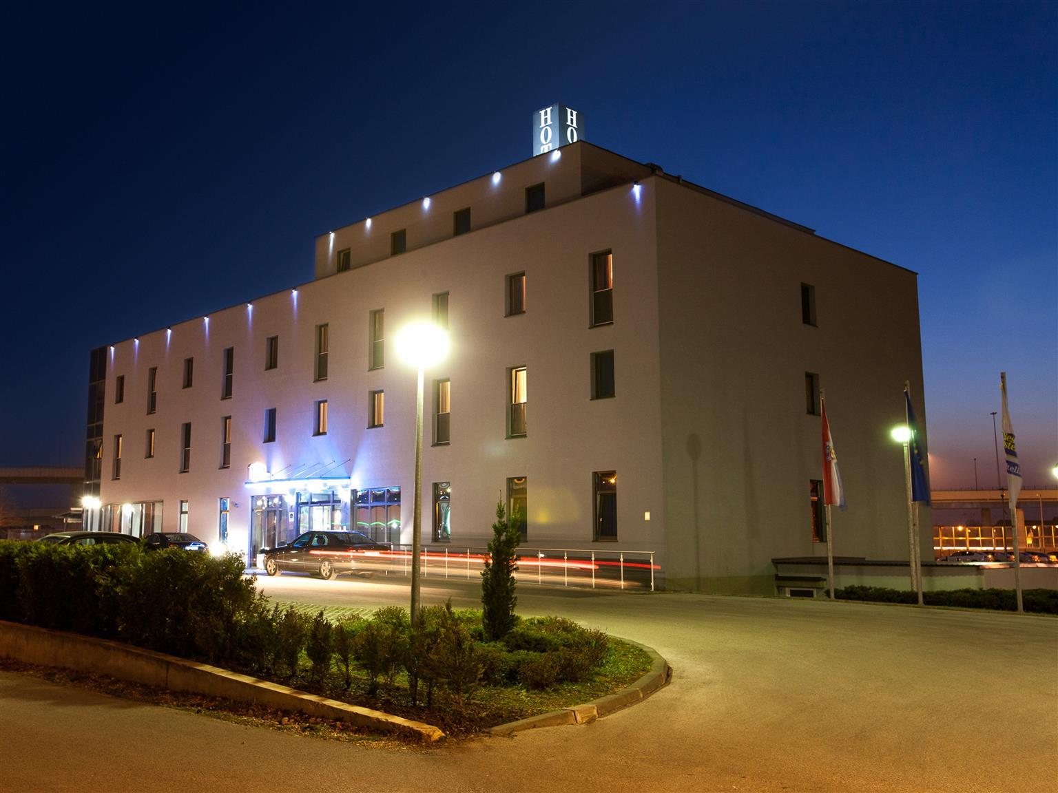 cazare la Best Western Hotel Stella