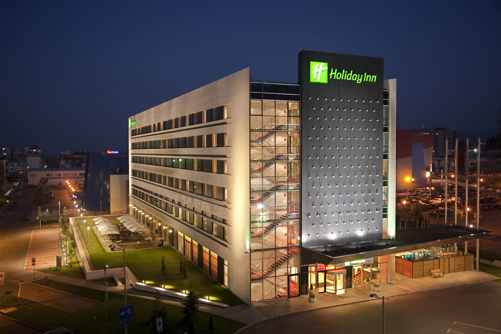 cazare la Holiday Inn