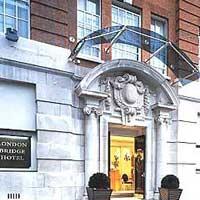 cazare la London Bridge Hotel