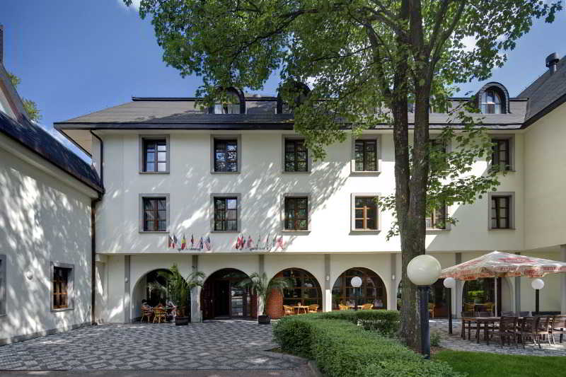 cazare la Hotel Na Zamecku