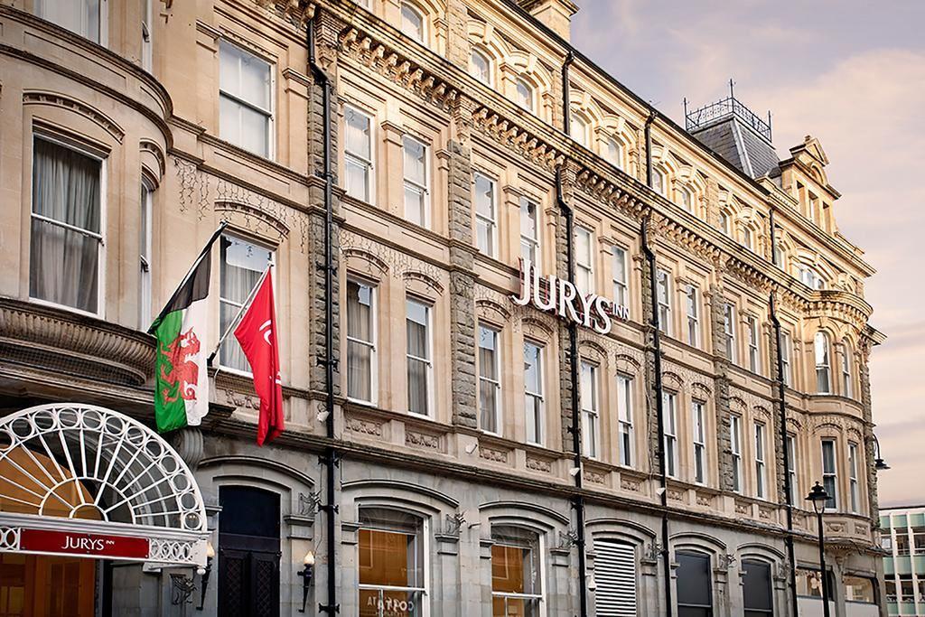 cazare la Jurys Inn Cardiff