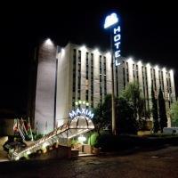 cazare la Hotel Maxim