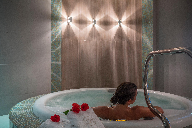 cazare la Poseidon Of Paros Hotel & Spa