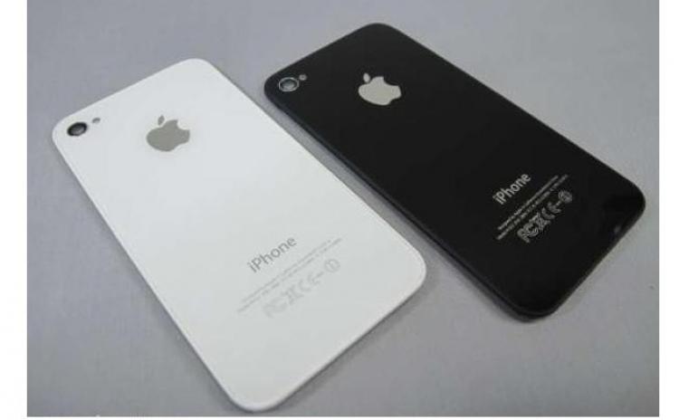 Capac baterie spate iPhone 4 alb negru