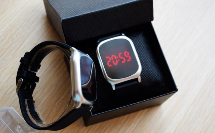 Reduceri Ceasuri de mana – 50 % Reducere – Pret Ceas cu LED TOUCH SCREEN, curea silicon