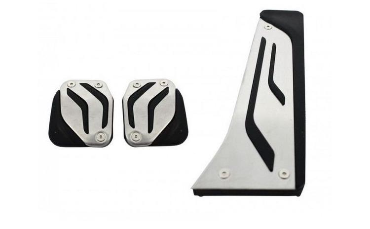 Ornament pedale BMW