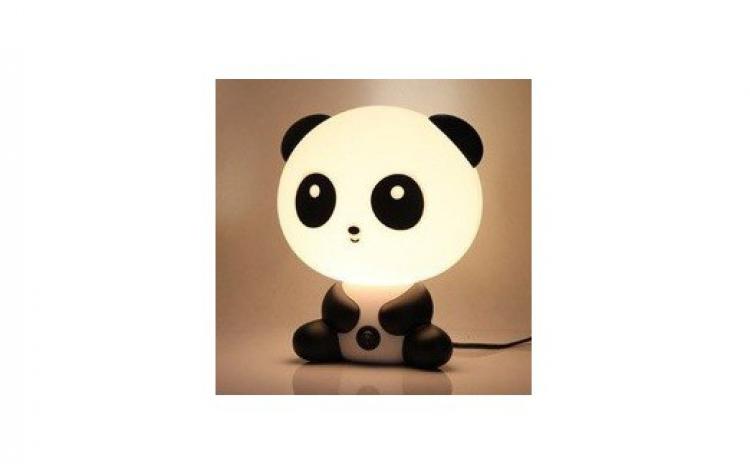 Decoreaza-ti Camera Intr-un Mod Istet Si Jucaus Cu Ajutorul Veiozei Panda  Aflata Acum La Pretul Promotional De Doar 55 Lei  Redus De La 139 Lei