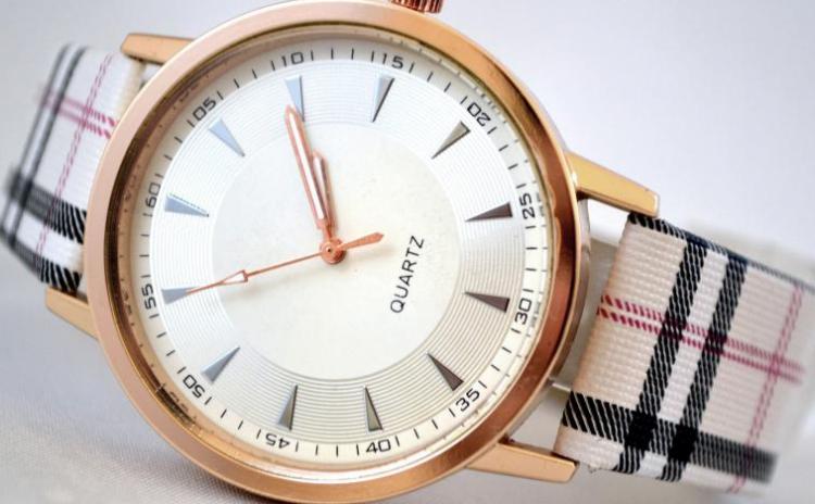 Reduceri Ceasuri de mana – 54 % Reducere – Pret Ceas Dama Quartz The One sk039