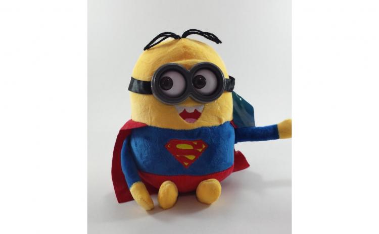 Jucarie plus Minion Superman
