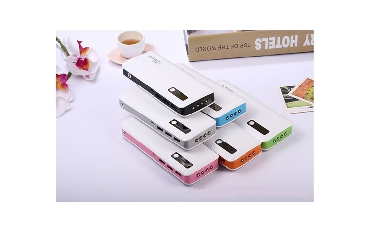 Imagine indisponibila pentru Baterie externa 15000 mAh reali, 3 porturi USB + lanterna
