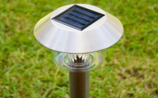 Lampa solara LED argintie