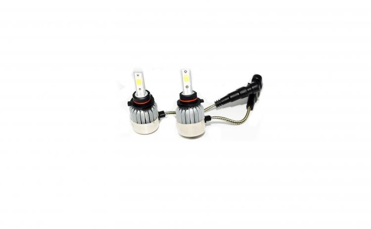 Set de Doua Becuri cu LED Auto HB4