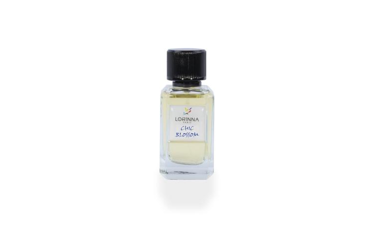 Apa de parfum Lorinna CHIC BLOSSOM