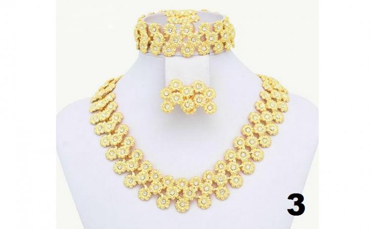 Seturi Lux bijuterii cu aur 18K