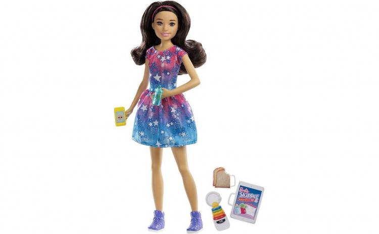 Papusa Barbie Skipper Babysitter