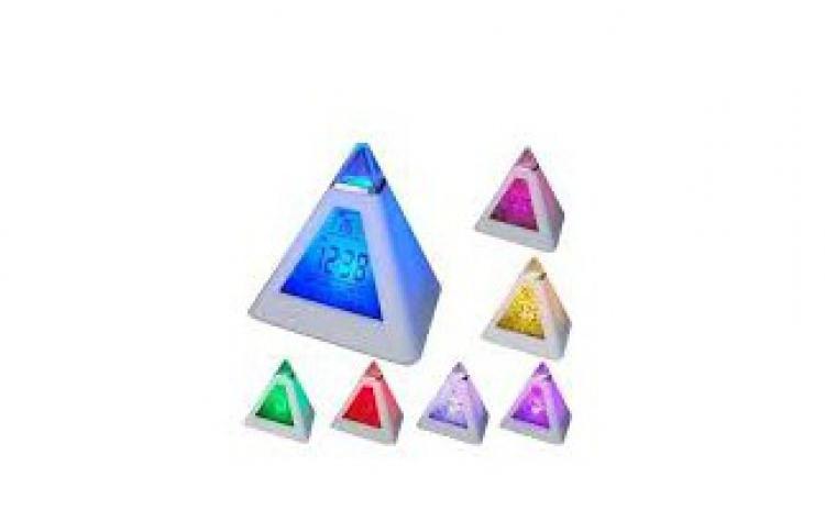 Ceas piramida cu alarma