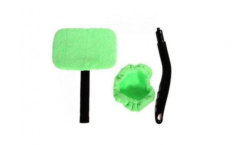 Dispozitiv curatare parbriz