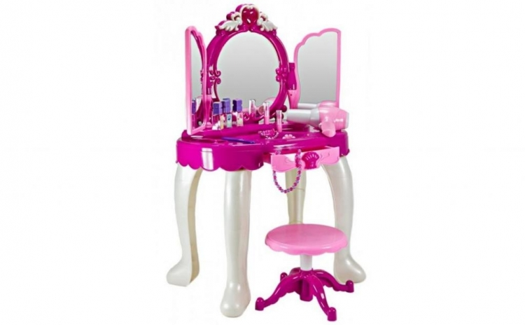 Masuta de frumusete, accesorii de machiaj si taburet, la doar 169 RON in loc de 489 RON