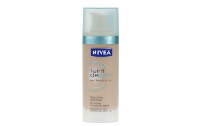 Ascunde imperfectiunile tenului: Fond de ten gel Nivea + Perfect cover Nivea la doar 45 RON in loc de 90 RON