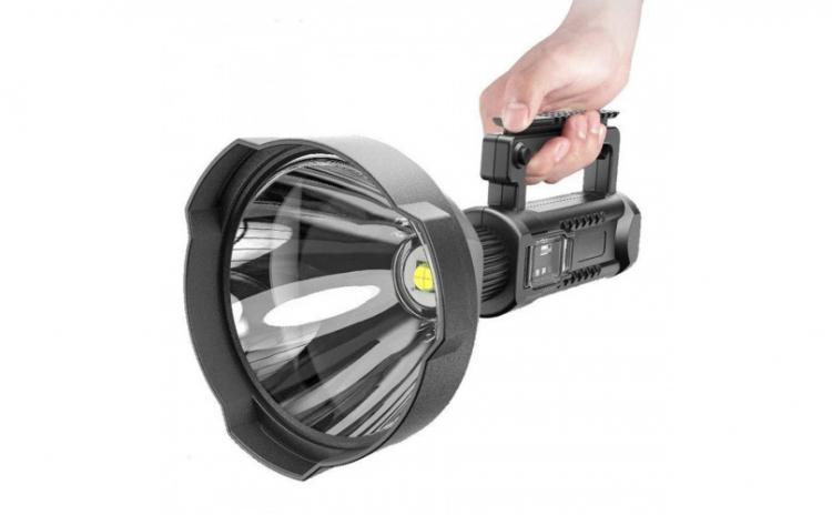 Lanterna LED foarte puternica cu trepied
