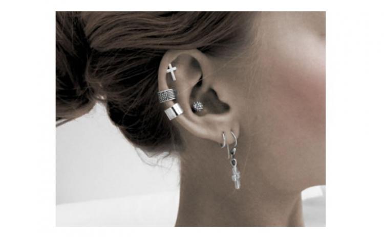 reducere mare vândut în toată lumea site web pentru reducere Piercing in urechi (2 gauri) pentru fete si baieti, la do ...
