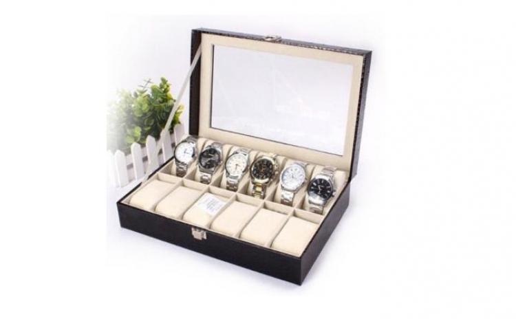 Cutie Pentru 12 Ceasuri Din Piele Ecologica, La 126 Ron In Loc De 338 Ron