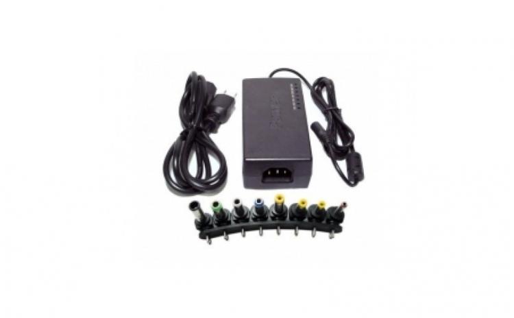Incarcator universal pentru laptop 96W