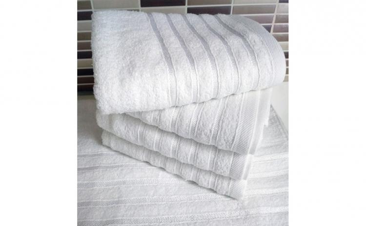 Set 4 prosoape albe, 100% Bumbac