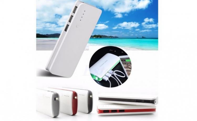 Baterie Externa Power 20000 mah cu 3 USB pentru telefoane, tablete, camere foto/video C24