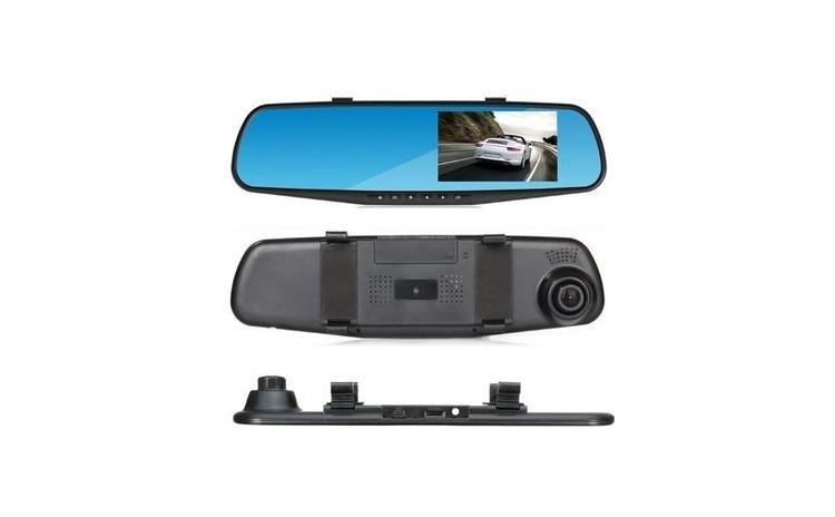 Camera video in oglinda retrovizoare