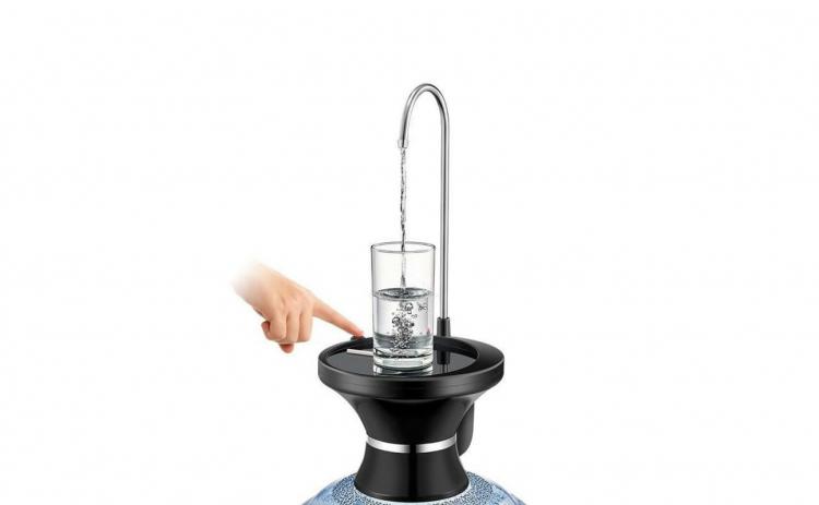Dispenser automat pentru apa cu suport
