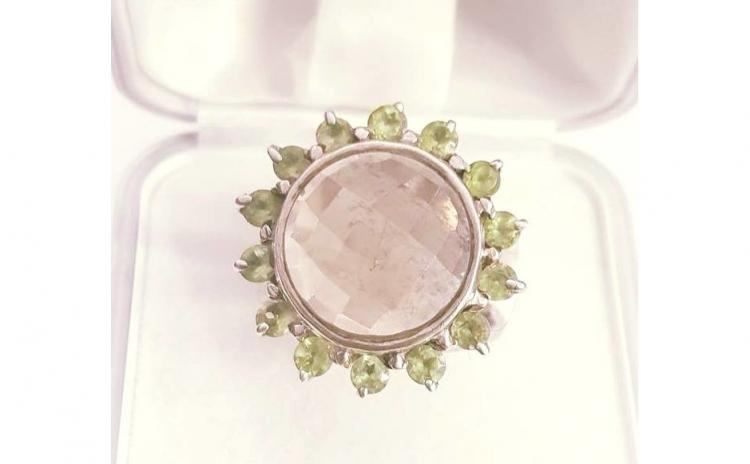Inel din Argint cu Peridote si Cuart roz
