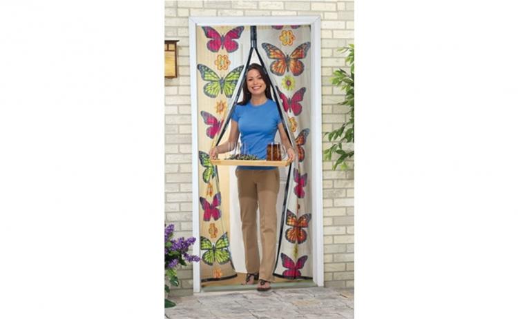 Perdea magnetica anti insecte model fluturi si floricele, la doar 30 RON in loc de 85 RON