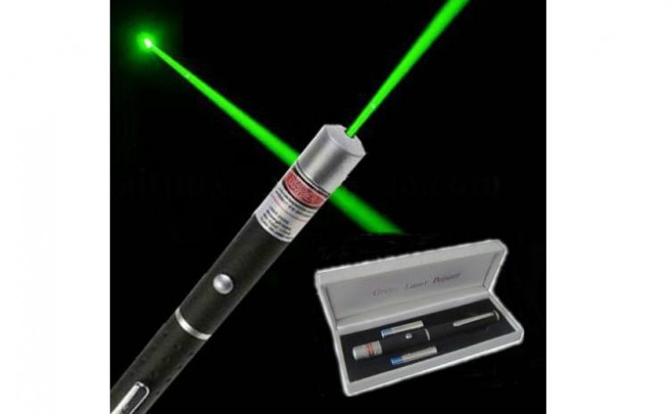 Laser Pointer Verde 1000 Mw  532 Nm Puternic  Raza