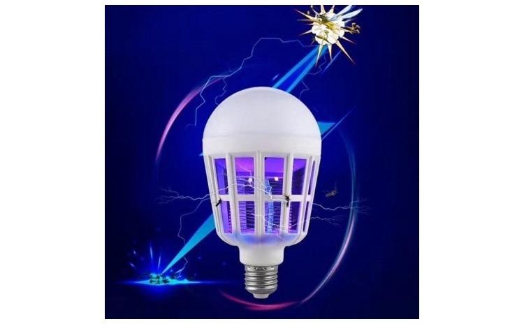 Imagine indisponibila pentru Bec 2 in 1 cu lampa UV - impotriva insectelor