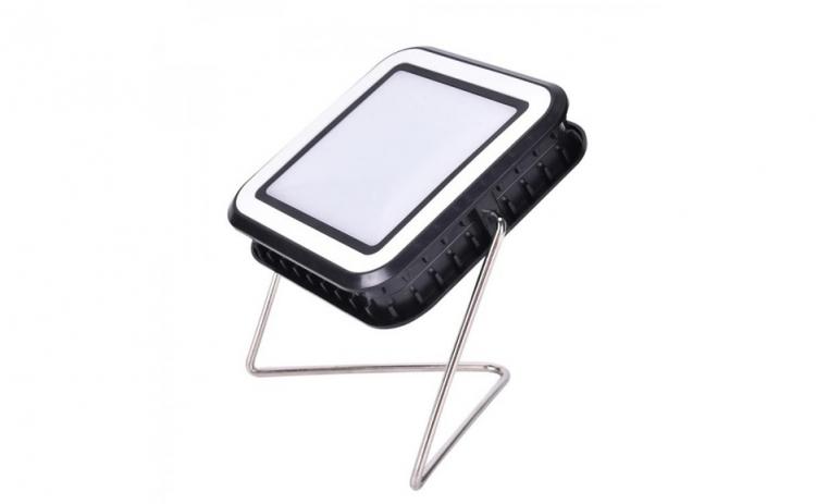 Proiector cu incarcare solara si USB, 30 LED-uri, 10W, lumina alb-rece
