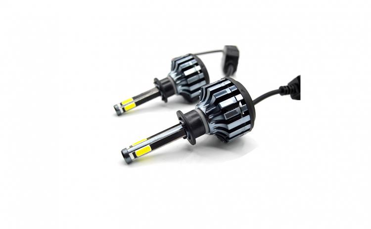 Set 2 x Becuri LED, D6 H4, 38W/LED