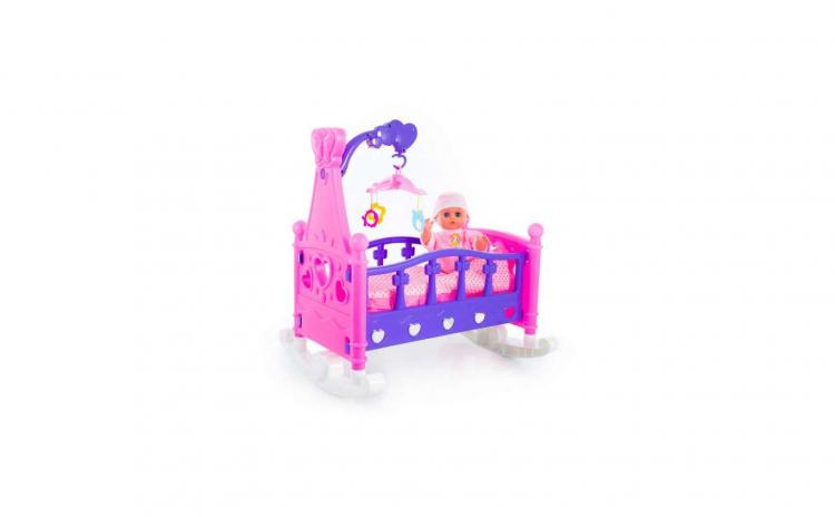Papusa bebelus cu patut si carusel