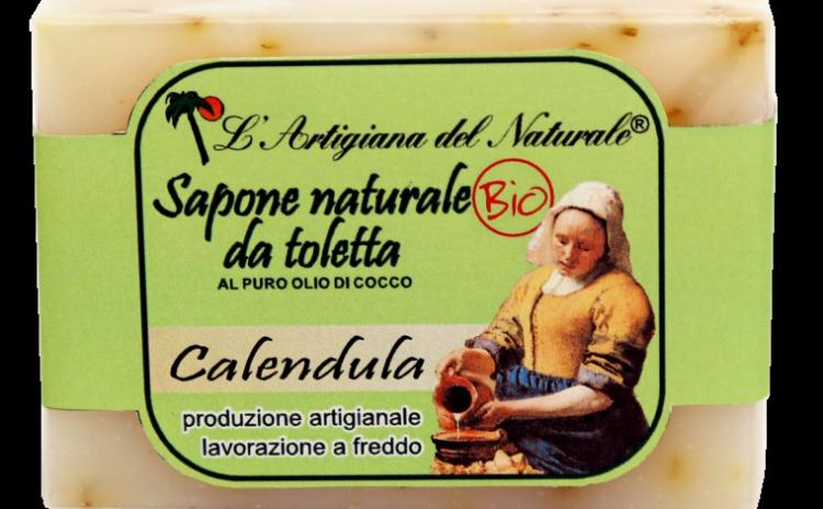 Sapun natural cu galbenele