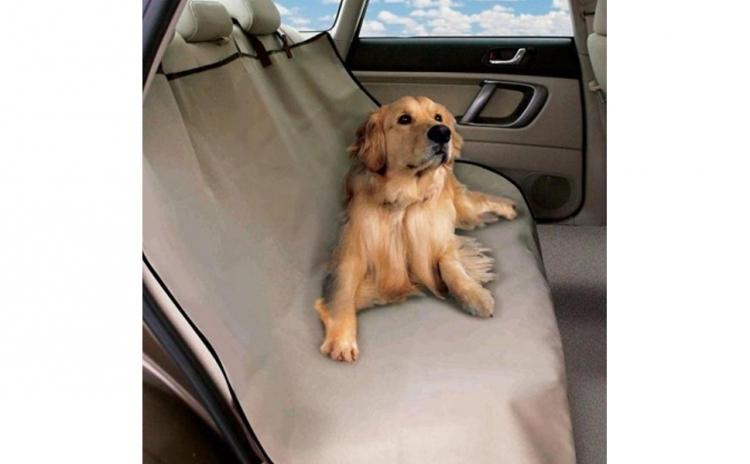 Husa auto de protectie pentru animale