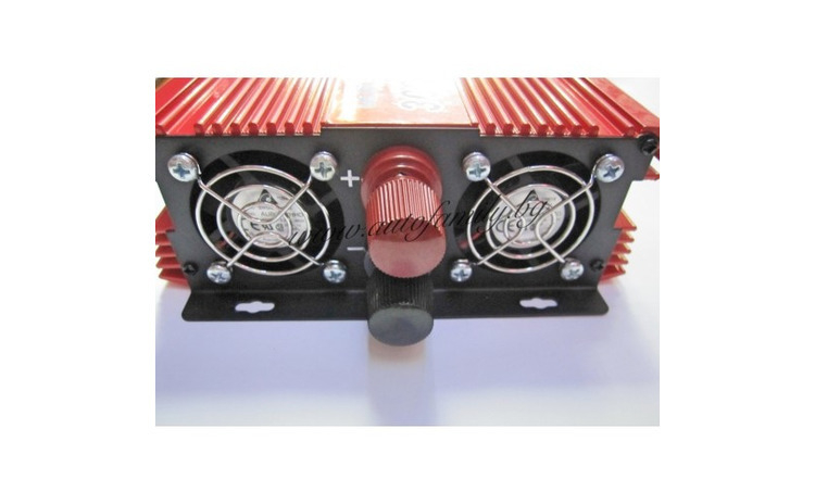 Invertor tensiune 12V-220V Lairun, 4000