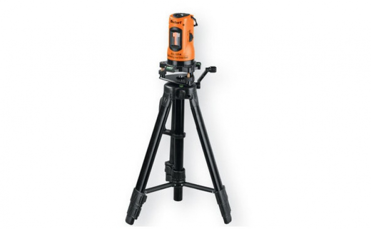 Nivela Cu Laser Defort Dll-10t-k, La 254 Ron In Loc De 570 Ron