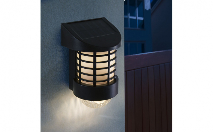 Lampa solara LED de perete