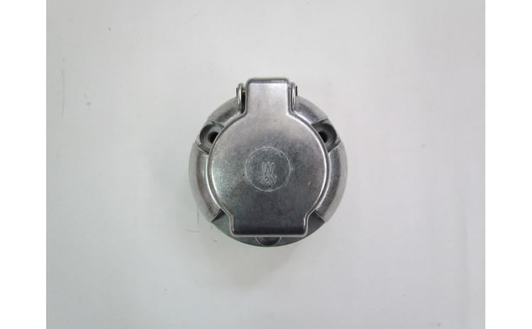 Priza remorca 7 pini din metal