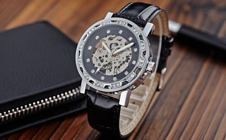 Ceas Barbatesc Automatic Winner Roman Skeleton, La Doar 129 Ron In Loc De 259 Ron