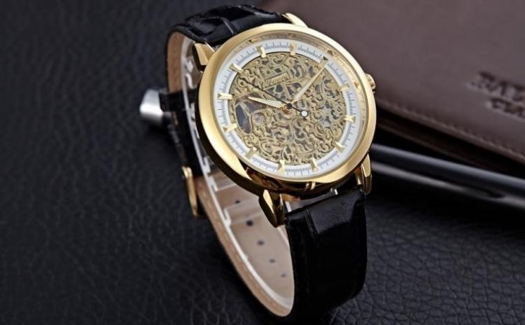 Ceas Barbatesc Mecanic Winner Gold Vintage, La Doar 109 Ron In Loc De 220 Ron
