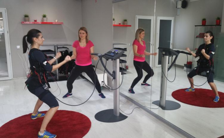 Cum susțin antrenamentele de forță pierderea în greutate?